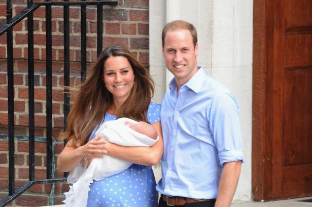 0_The-Duke-And-Duchess-Of-Cambridge-Leave-The-Lindo-Wing-With-Their-Newborn-Son
